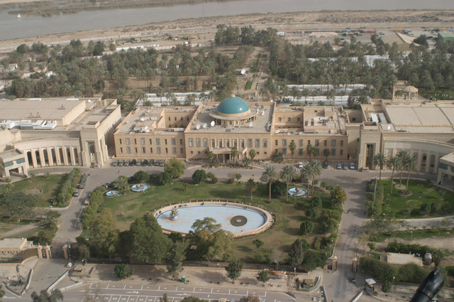 Capital of the Abbasids moves to Baghdad