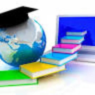 EDUCACION Y CAPACITACION  A DISTANCIA timeline