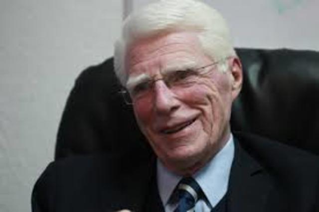 Dr. Aldo Castañeda