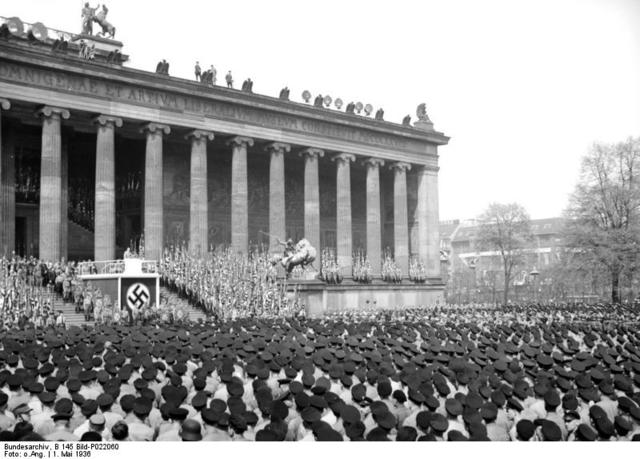 Nazi's reach a political majority in Germany