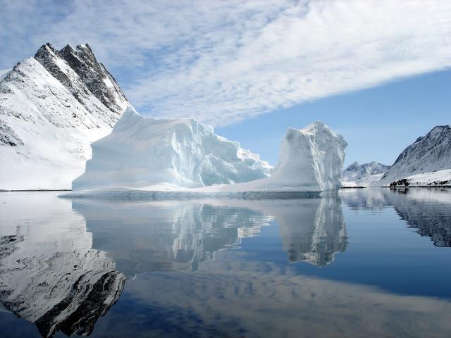Открыли берег Гренландии