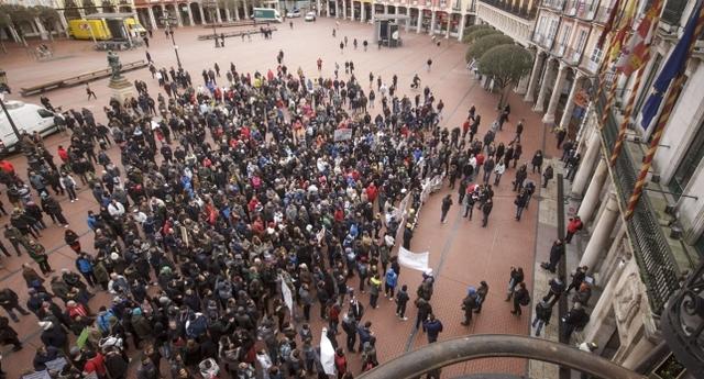 Manifestación a las puertas del Ayto.