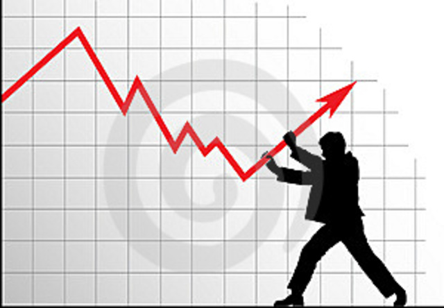 Рубль внезапно взлетел на бирже, вдохновившись примером нефти
