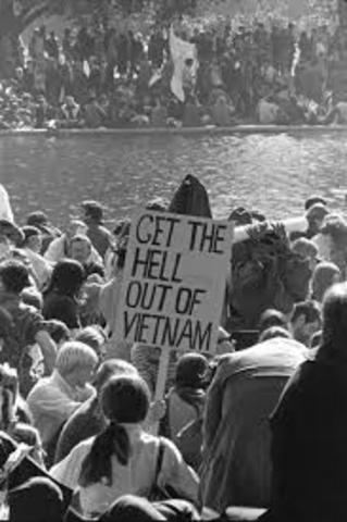 Vietnam War causes distress
