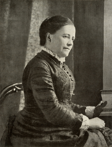 Wallace se casa con Annie Mitten y tuvieron 3 hijos.