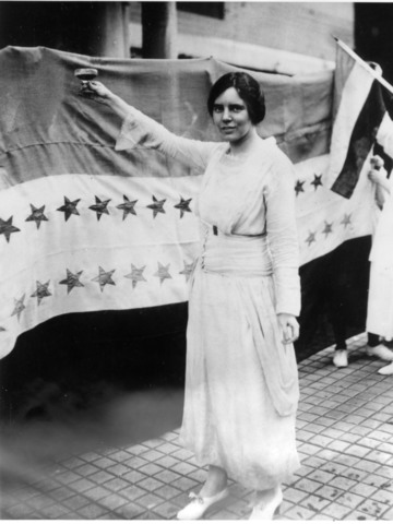 the women s rights movement from 1848 The first women's rights movement advocated equal rights for white women by leveraging abolitionist and second great awakening sentiment.