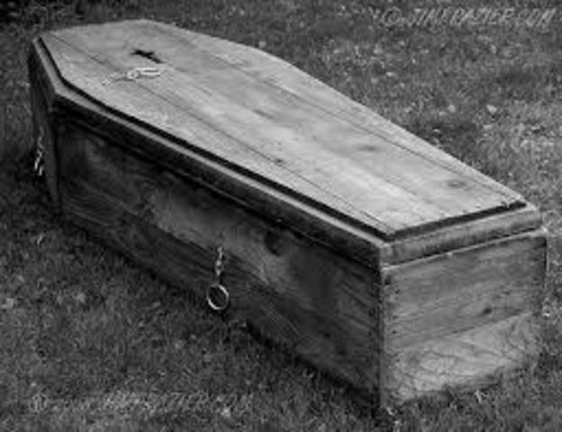 Papa dies
