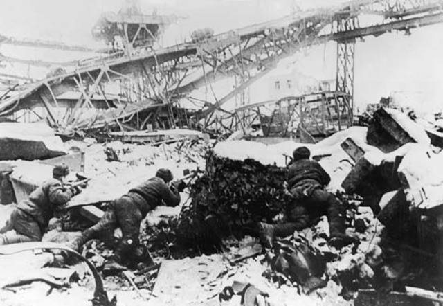TURNING POINT #3: Battle of Stalingard