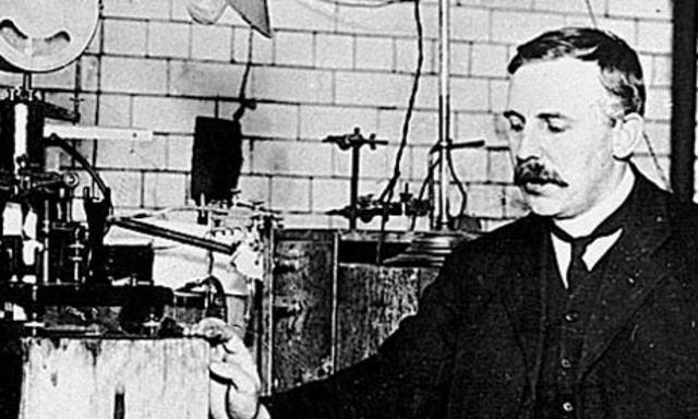 Ernest Rutherford (New Zeland)