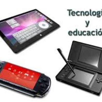 educacion y tecnologia timeline