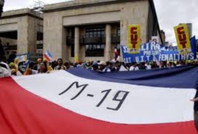 Aparece el M-19