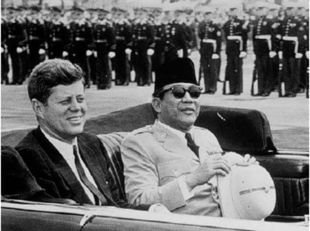 Modern Indonesia (1945-Now) timeline | Timetoast timelines