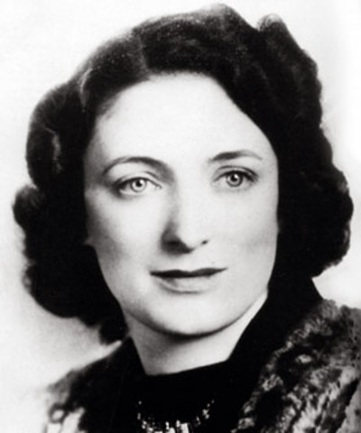Maybelle Carter Born