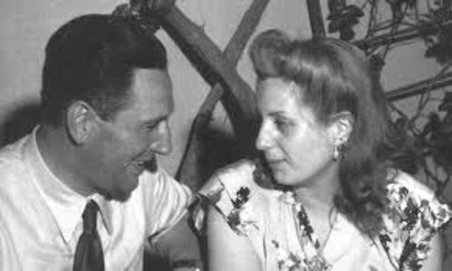 Perón conoce a  Eva