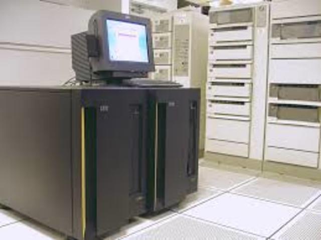 Evolucion de la tecnologia informatica y computacion for Computadora wikipedia