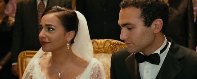 Baba is diagnosed with cancer, Soraya and Amir get married.