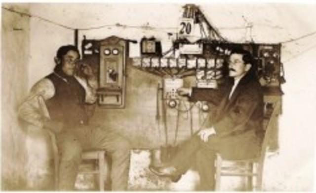 Primer sistema de radio comunicación unidireccional