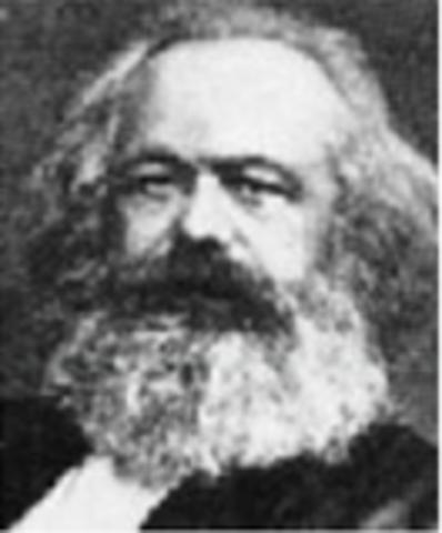 """Max y Engels publican """" La historia de todas las sociedades existentes es la lucha  de la clase de unos cuantos propietarios y los oprimo """""""