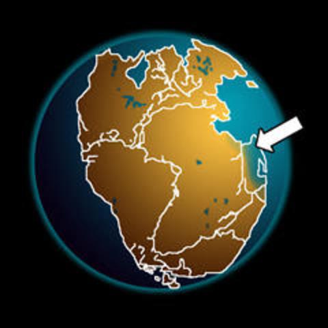 Formación de la primera pangea conocida (Pangea I).