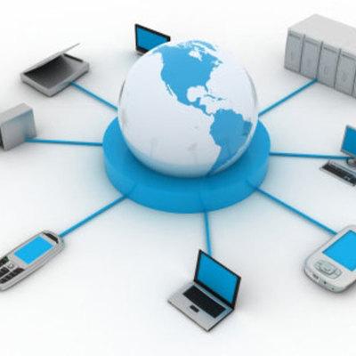 Evolución de las Eras, los Periféricos, las Telecomunicaciones e Internet timeline