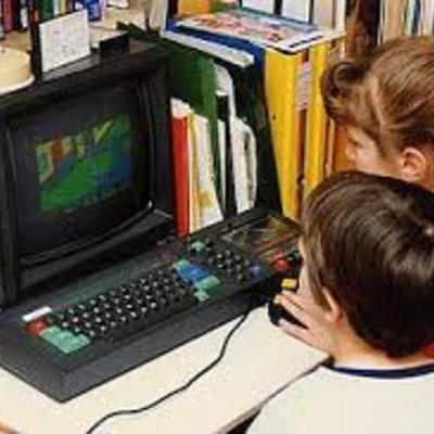 Historia de las computadoras personales 1990 -2000 timeline