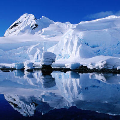 History of Antarctica  by Stephanie Di Benedetto timeline