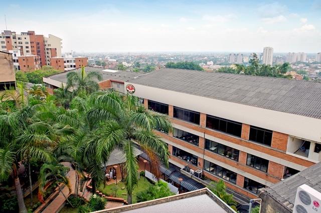 La Universidad empezó en una casona en el barrio san nicolás.
