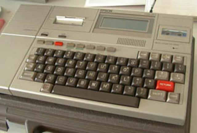 La primeracomputadora portatil.