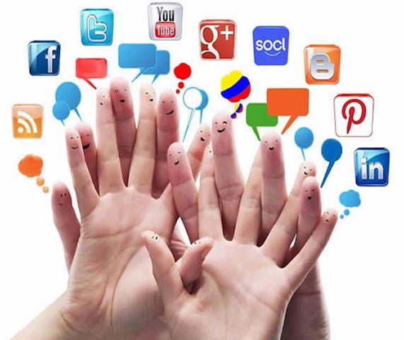 2012-actualidad, un 1,300,000,000 de personas usan las redes sociales