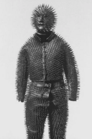 Bear hunting suit
