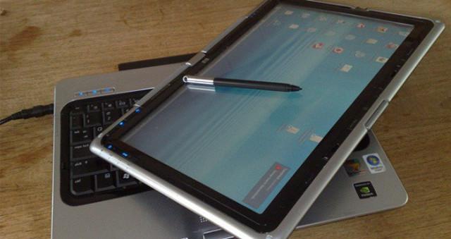 Lanzan al mercado los Tablet PC. Estos dispositivos iban equipados con Windows XP Tablet PC Edition, que permitía su manejo a través de un lápiz