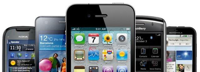 Nacen los smartphones con el iPhone 1Con él llegaron multitud de novedades, como es la popularidad de las pantallas táctiles