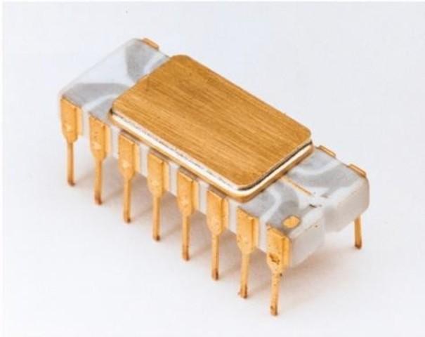 Intel lanza el Microprocesador llamado Intel 4004