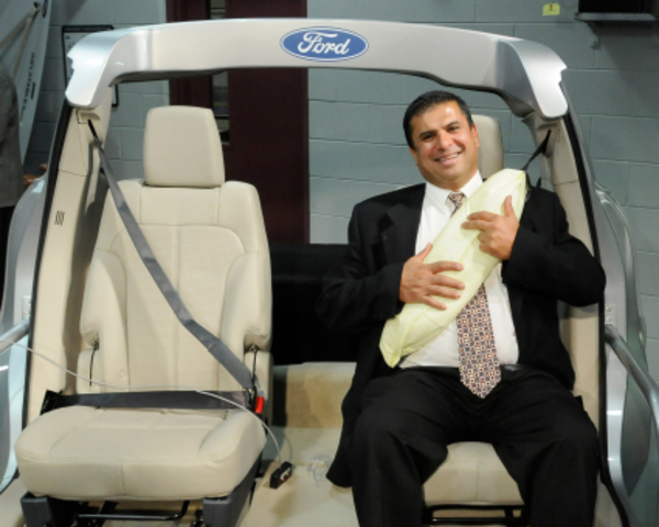 Ford rear Inflatable Seat Belt