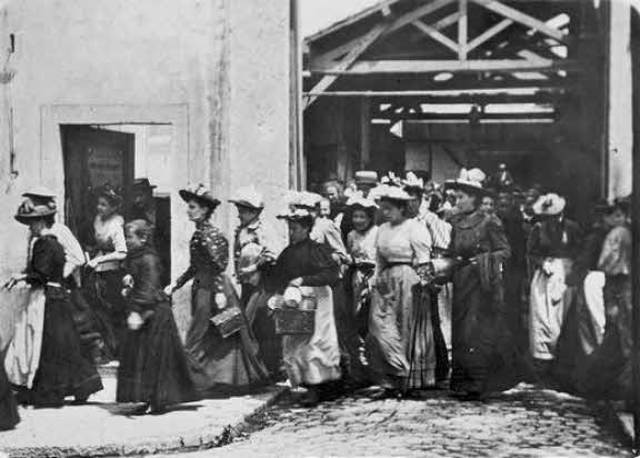 Lumiere Brothers First Screening