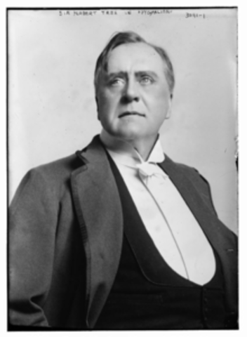 Sir Herbert Beerbohm Tree born