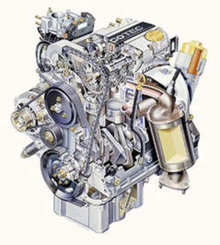 Primer motor de gasolina