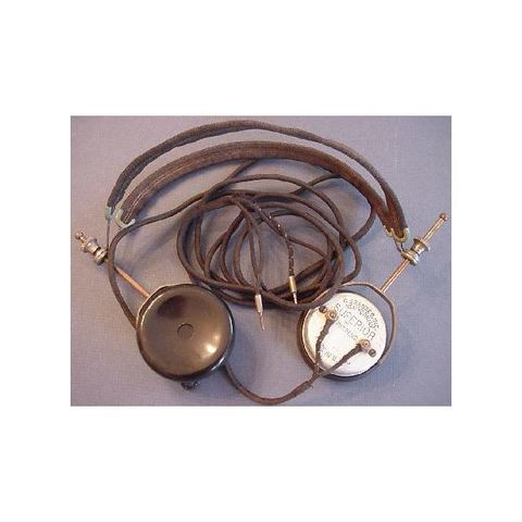 first modern headphone