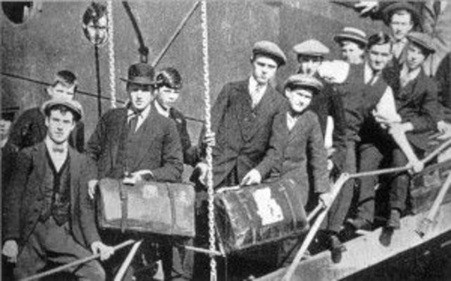 the italian immigrants in the united states in the 1920s Between 1880 and 1920 over four million italians were recorded as entering the  united states no other ethnic group has sent so many immigrants in such a.