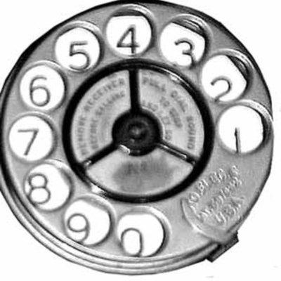 Evolución de la Telefonía Ezequiel Guebel timeline