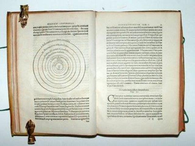 Edición del libro de Copérnico del Heliocentrismo.