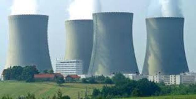 •Energía nuclear o atómica