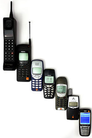 •Teléfono celular