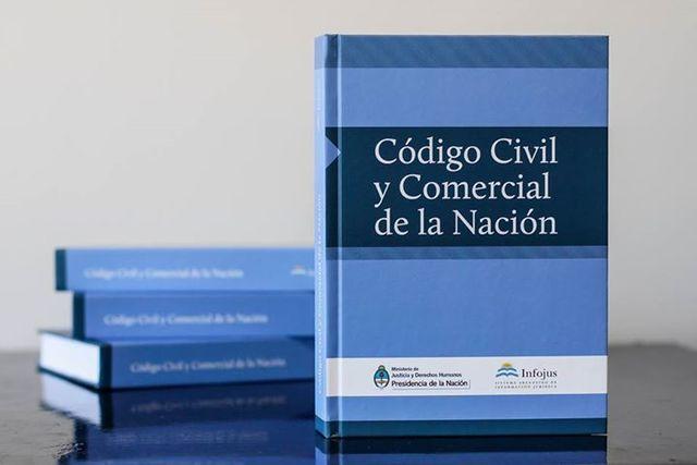Comienza a regir el Codigo Civil, tambien llamado Codigo Velez Sarfield