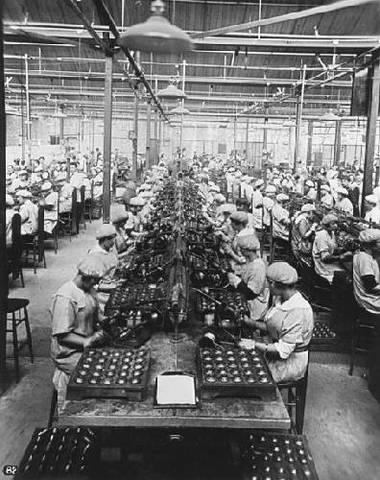 rol de la mujer en la 2 guerra mundial