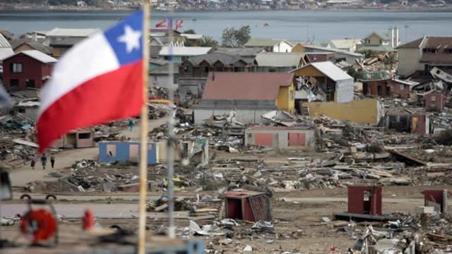 2010, Chile: Crónica de la reconstrucción Expedición