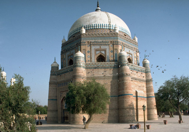 The tomb of Shah Rukn-e-Alam