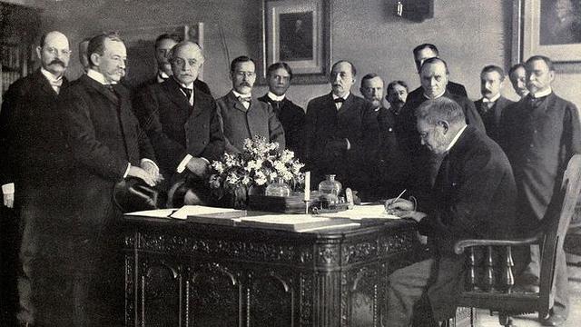 Firma del Tratado de Paris