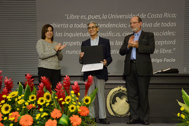 Entrega del Doctorado Honoris Causa UCR