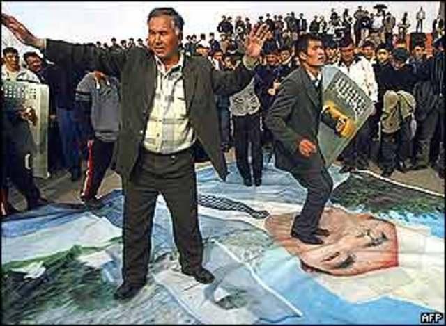 Askar Akayev: The Falling Out